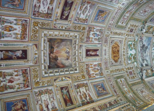 Affresco nei Musei_Vaticani.jpg
