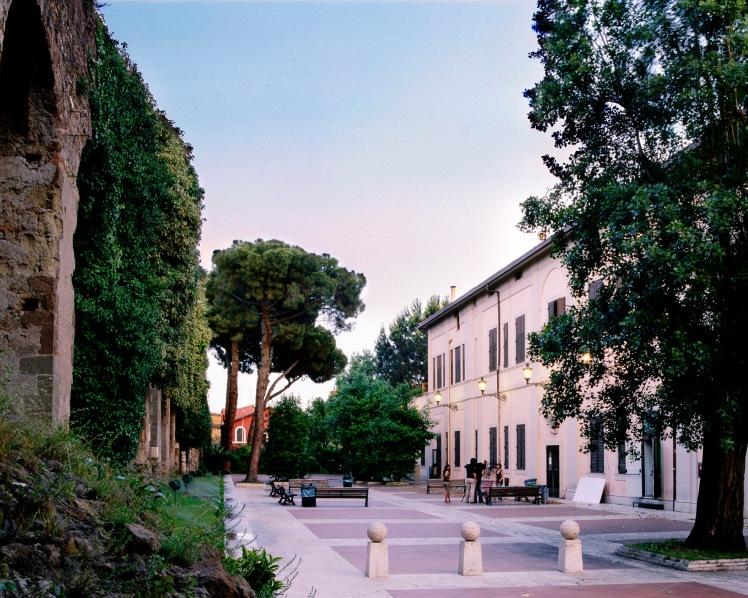 IED Roma.jpg