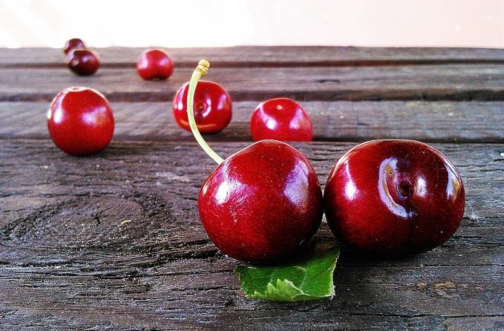cherries-fruit-red-sweet-52991.jpeg