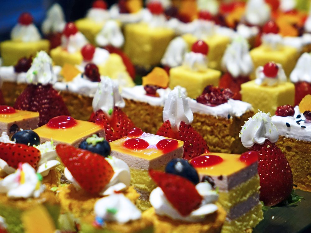 baked-bakery-cakes-47734