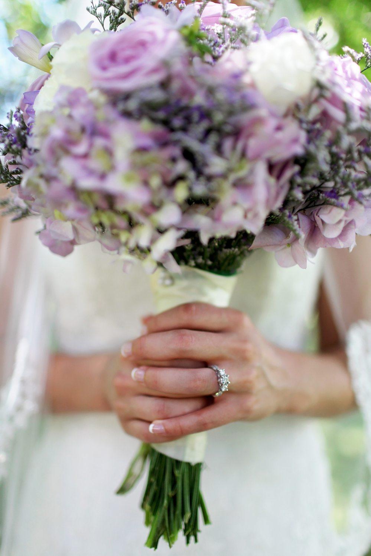 blooming-bouquet-bridal-193039.jpg